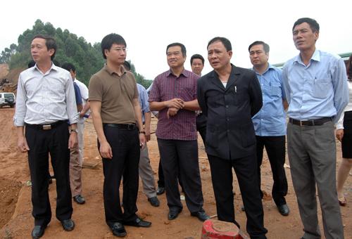 Chủ tịch UBND tỉnh Phạm Duy Cường kiểm tra tiến độ thi công đường Hoàng Thi  giai  đoạn 2