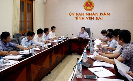 Đồng chí Nguyễn Chiến Thắng - Phó Chủ tịch UBND tỉnh chủ trì buổi làm việc