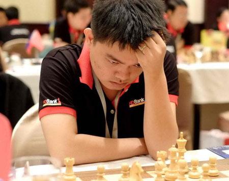 Kỳ thủ Nguyễn Đức Hòa thi đấu thành công ở giải năm nay.