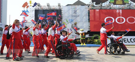 Phái đoàn Triều Tiên tới Làng VĐV ở Jakarta, Indonesia để tham dự Asian Para Games ngày 4/10/2018.