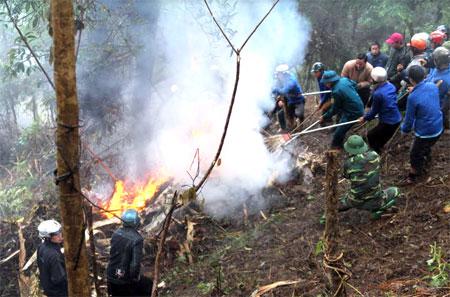 Diễn tập ứng phó phòng chống cháy rừng và tìm kiếm cứu nạn tại xã Bản Công, huyện Trạm Tấu.
