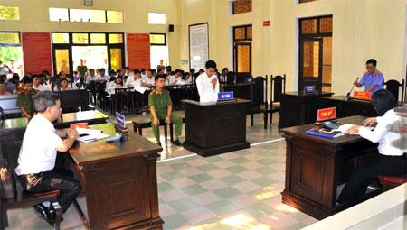 Bị cáo Triệu Chiều Nghĩa tại phiên tòa xét xử.