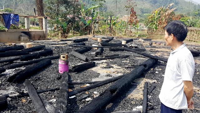 Ngày 28/12/2018 cũng ở thôn Khánh Ngoài, xã Minh Chuẩn, Lục Yên cũng bị thiêu rụi hoàn toàn. (Ảnh minh họa)