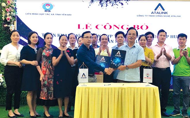 Liên minh Hợp tác xã tỉnh Yên Bái ký thỏa thuận hợp tác với Công ty TNHH Công nghệ Atalink giới thiệu phần mềm Atalink nhằm hỗ trợ triển khai giải pháp hình thành chuỗi cung ứng số, số hóa kết nối, chuyển đổi số cho doanh nghiệp, HTX trên địa bàn tỉnh Yên Bái.