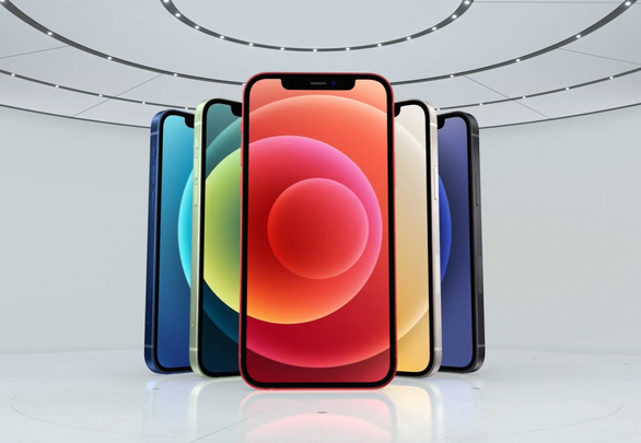 Mẫu iPhone 12 với màn hình 6,1 inch có 5 màu được giới thiệu tại sự kiện Hi Speed ngày 14-10 (giờ Việt Nam)