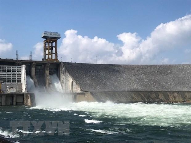Hồ thủy điện Thác Bà