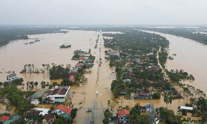 Hơn 1,3 triệu người dân miền Trung bị ảnh hưởng trực tiếp trong trận lũ lụt vừa qua.