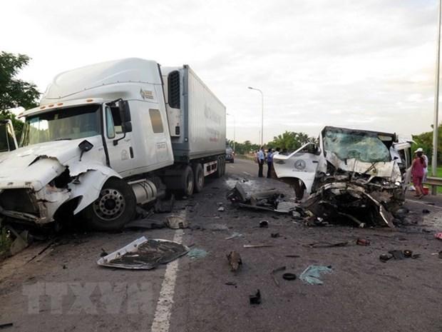 Hiện trường một vụ tai nạn giao thông nghiêm trọng.