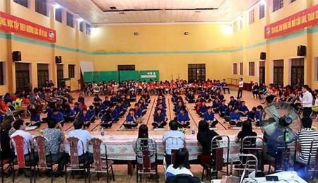 """Cuộc thi """"Rung chuông vàng"""" là một trong những hoạt động thu hút đông đảo sinh viên tham gia - sân chơi phát hiện những """"Sinh viên 5 tốt""""."""