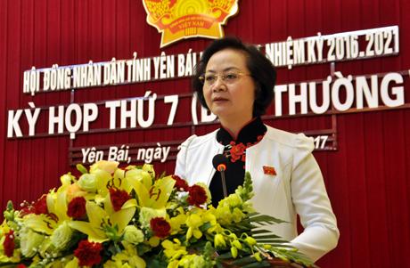 Đồng chí Phạm Thị Thanh Trà - Ủy viên Ban Chấp hành Trung ương Đảng, Bí thư Tỉnh ủy, Chủ tịch HĐND phát biểu bế mạc kỳ họp.