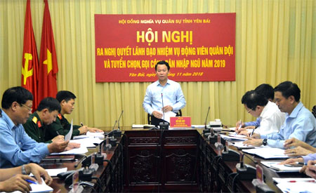 Đồng chí Đỗ Đức Duy -Phó Bí thư Tỉnh ủy, Chủ tịch UBND tỉnh, Chủ tịch Hội đồng NVQS tỉnh kết luận, giao nhiệm vụ cho các thành viên