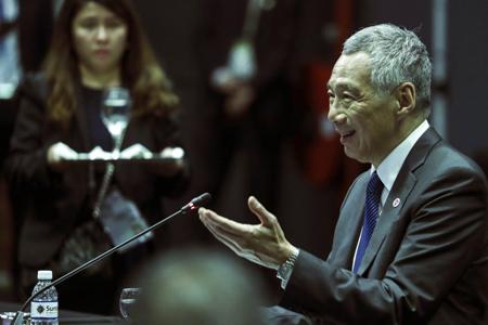 Thủ tướng Singapore Lý Hiển Long phát biểu tại Hội nghị ASEAN - Hàn Quốc trong khuôn khổ Hội nghị Cấp cao ASEAN 33, ngày 14/11.