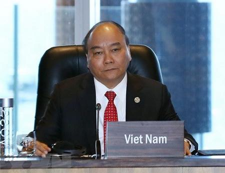 Thủ tướng Nguyễn Xuân Phúc dự Đối thoại giữa các Nhà lãnh đạo kinh tế APEC với Quỹ Tiền tệ Quốc tế.