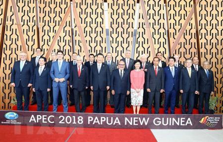 Các Nhà lãnh đạo APEC chụp ảnh chung.