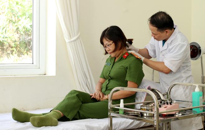 Việc khám, chữa bệnh bằng BHYT cho CBCS luôn được Ban giám đốc Công an tỉnh Yên Bái chú trọng quan tâm.