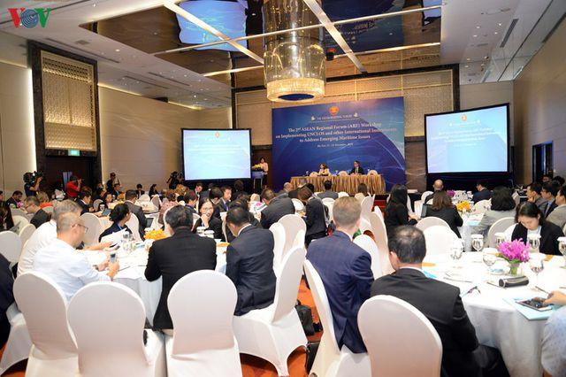 Toàn cảnh Hội thảo Diễn đàn Khu vực ASEAN (ARF) lần thứ 2 về thực thi Công ước của Liên Hợp Quốc về Luật biển năm 1982.