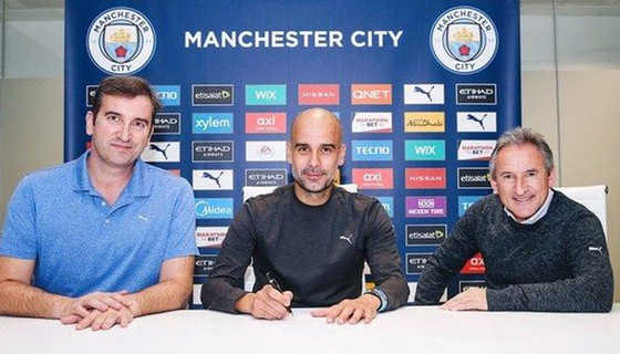 Pep Guardiola chính thức ký hợp đồng mới 2 năm với Man.City.