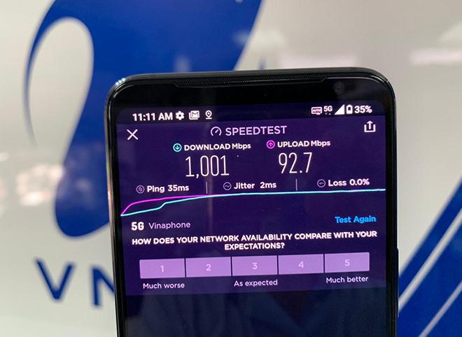 Khách hàng trải nghiệm kết nối qua cục phát wifi dùng sim VinaPhone 5G