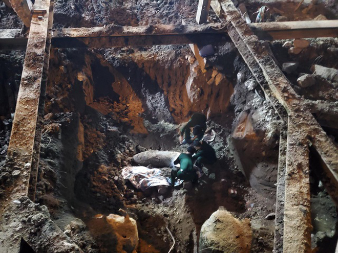 Quả bom được phát hiện tại công trình thi công tại số 15 Cửa Bắc.