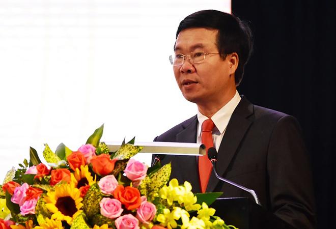 Đồng chí Võ Văn Thưởng, Trưởng Ban Tuyên giáo Trung ương, phát biểu tại Hội thảo