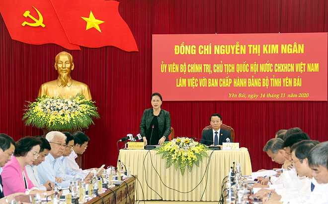 National Assembly Chairwoman Nguyen Thi Kim Ngan addresses a working session with the 19th Party Committee of Yen Bai.