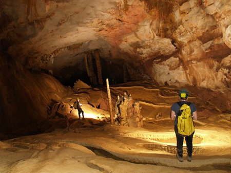 Vườn Quốc gia Phong Nha-Kẻ Bàng vừa phát hiện 58 hang động mới.
