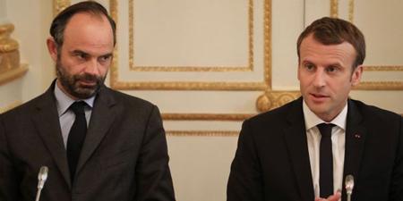 Tổng thống Emmanuel Macron (phải) và Thủ tướng douard Philippe.