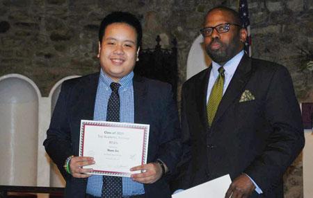 Đỗ Nhật Nam vừa được chấp thuận nhập học sớm vào đại học danh tiếng Mỹ.