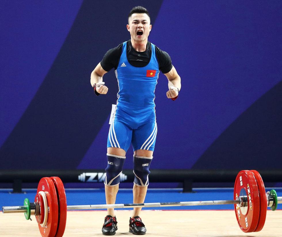 Lực sĩ Lại Gia Thành mang về Huy chương vàng cho đoàn thể thao Việt Nam