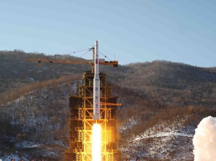 Triều Tiên thực hiện một vụ phóng tên lửa ở cơ sở phóng vệ tinh Sohae.