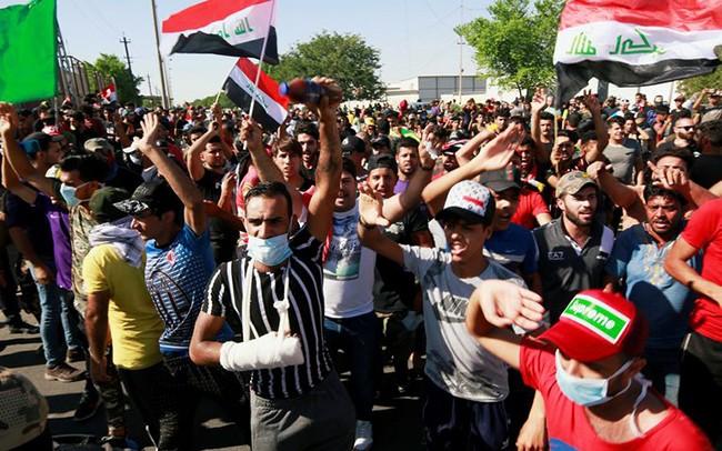 Biểu tình tiếp diễn tại thủ đô Baghdad của Iraq.