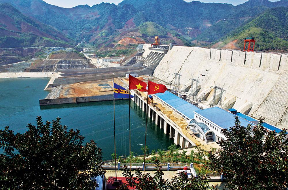 Các nhà máy điện có phương thức vận hành phù hợp với tình hình vận hành thủy văn của từng hồ bởi hiện nay lượng nước ở các hồ không đồng đều. Ảnh minh hoạ.