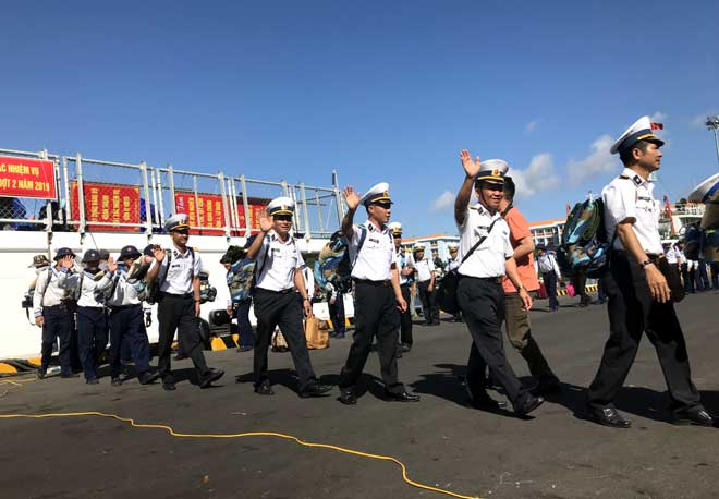 Các cán bộ, chiến sỹ ra làm nhiệm vụ tại các tuyến đảo thuộc quần đảo Trường Sa.