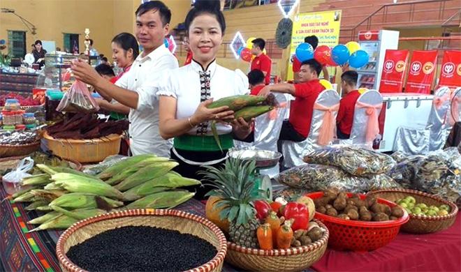 Các thực phẩm nông sản của thị xã Nghĩa Lộ luôn đảm bảo vệ sinh an toàn thực phẩm.