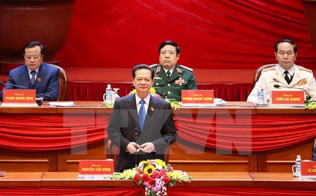 Đồng chí Nguyễn Tấn Dũng, Ủy viên Bộ Chính trị, Thủ tướng Chính phủ điều hành phiên họp.