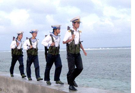 Những người lính trên đảo Trường Sa ngày đêm bảo vệ vùng biển thiêng liêng của Tổ quốc. (Ảnh: Internet)