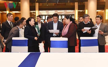 Chủ tịch Quốc hội Nguyễn Thị Kim Ngân và Phó Chủ tịch Thường trực Quốc hội Tòng Thị Phóng tổng duyệt APPF -26.