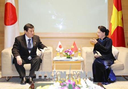 Sáng 19/1/2018, tại Hà Nội, Chủ tịch Quốc hội Nguyễn Thị Kim Ngân tiếp ông Takuji Yanagimoto, Thượng nghị sĩ, Trưởng đoàn Đại biểu Nhật Bản.