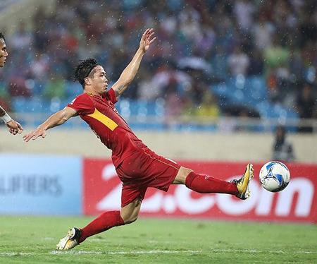 Công Phượng đã đưa Việt Nam vượt lên dẫn 1-0 vào phút 15