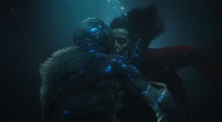 Câu chuyện về cô gái câm và thủy quái vừa lãng mạn, vừa xúc động.