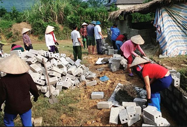 Nghề xây dựng được nhiều lao động nông thôn lựa chọn bởi thường xuyên có việc làm và thu nhập ổn định sau đào tạo.