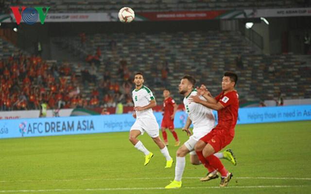 ĐT Việt Nam đã chơi đầy quyết tâm và 2 lần vượt lên dẫn trước ĐT Iraq.