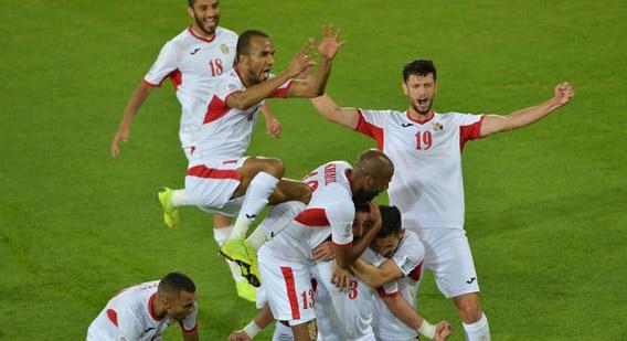 Jordan trở thành đội đầu tiên vào vòng 1/8 Asian Cup 2019.