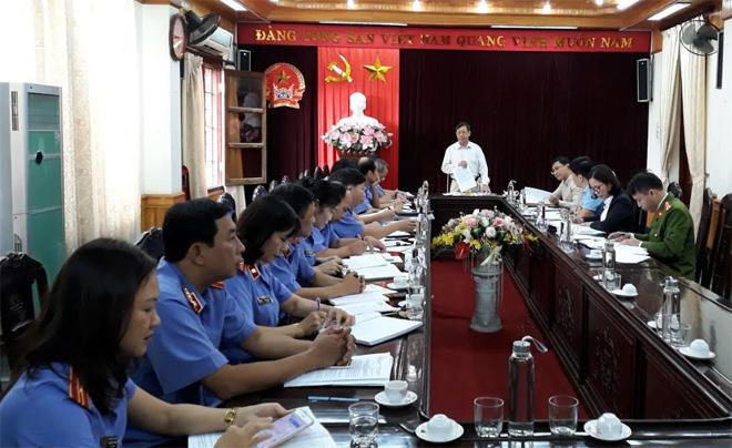 Đồng chí Nguyễn Văn Lịch - Ủy viên Ban Thường vụ, Trưởng ban Nội chính Tỉnh ủy phát biểu trong cuộc giám sát chuyên đề đối với Ban Cán sự Đảng, lãnh đạo Viện Kiểm sát nhân dân tỉnh năm 2019.