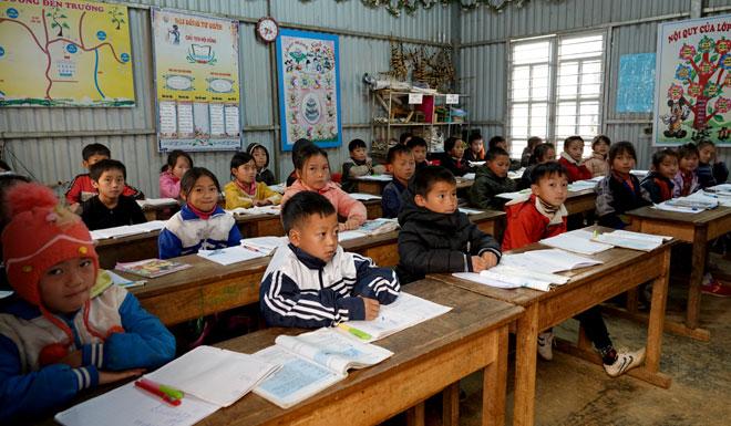 Sáng 11/1. 35/36 trường học trên địa bàn huyện Mù Cang Chải đã cho học sinh nghỉ học.