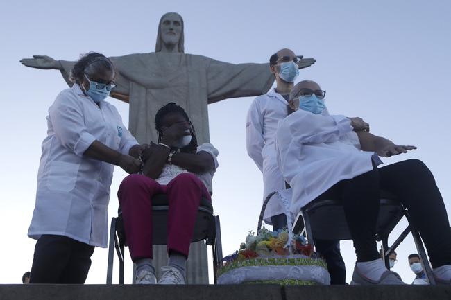 Số ca nhiễm virus SARS-CoV-2 trên thế giới vẫn tiếp tục tăng.