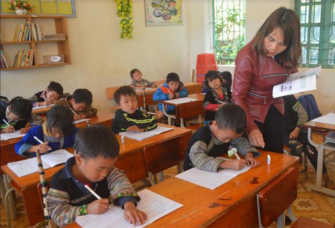 """Celebrating one Tet together"" helps tackle learning interruption for Mong children."