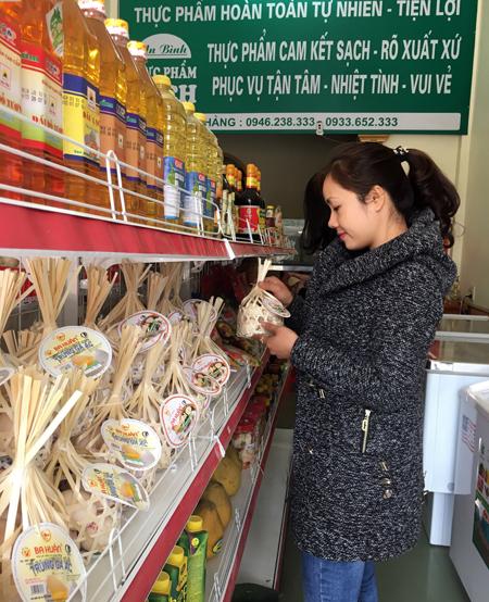 """An toàn, đa dạng và tiện lợi là những yếu tố hút khách của các cửa hàng kinh doanh """"thực phẩm sạch""""."""
