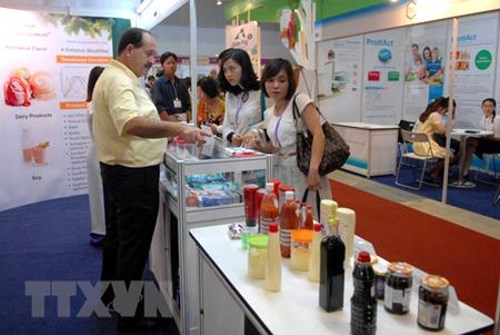 Triển lãm nguyên liệu, phụ gia thực phẩm và đồ uống Việt Nam.