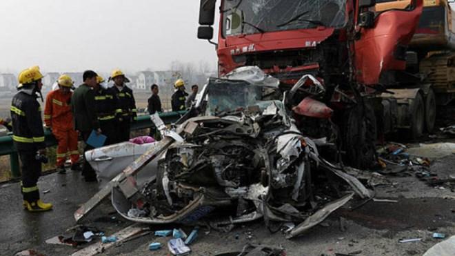Hiện trường một vụ tai nạn giao thông ở tỉnh An Huy, Trung Quốc tháng 11/2017. Ảnh minh họa.